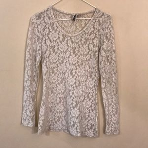 Small BKE Lace Long Sleeve